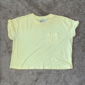 Yellow basic crop top pocket tee